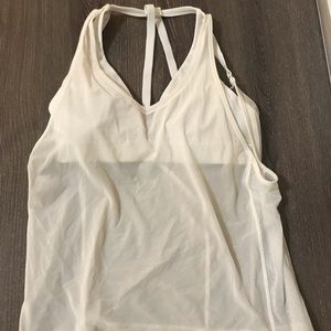 Lululemon white tank top with attached bra size 2